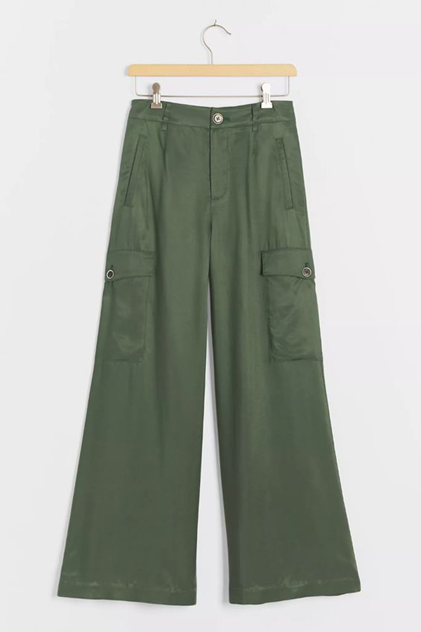 A pair of plus-size olive green cargo pants.