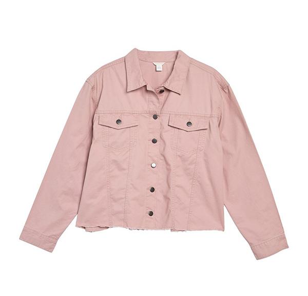 A plus-size light pink shirt jacket.