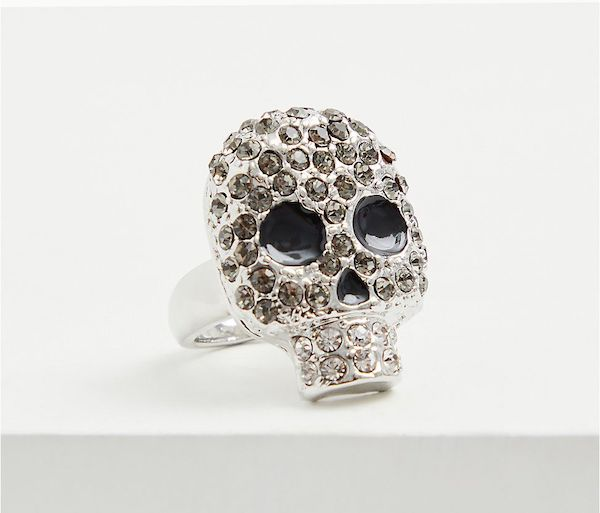 A plus-size skull ring.
