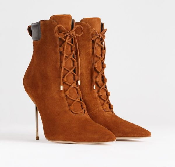Wide-fit ankle boots in light brown.