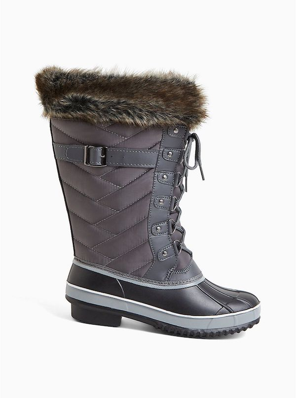 Wide-fit snow boots in gray and blue.