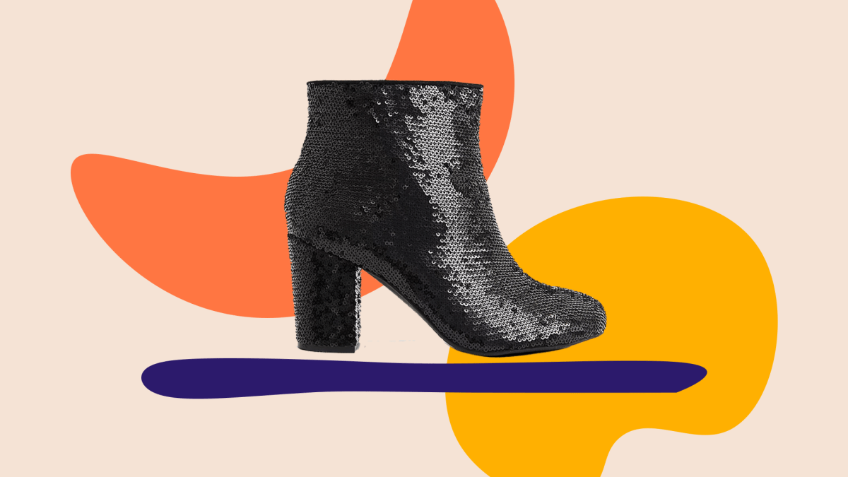 A sparkly black wide-fit bootie.