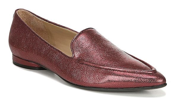Wide-fit flats in dark red.