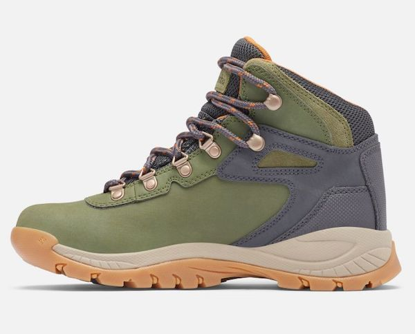 Wide-fit hiking boot in green.