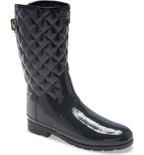 Wide-fit rain boots in black.