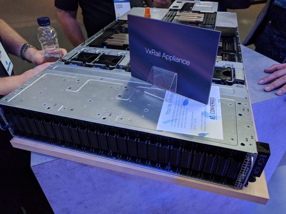 VMworld 2018 EU - VxRail 4-Node Appliance