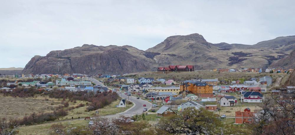 Photo of the picturesque village of El Chalten as seen from the hill