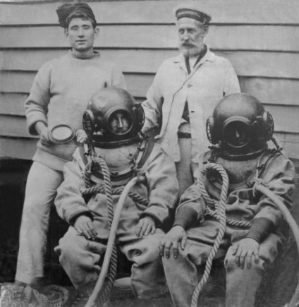 old scuba outfit