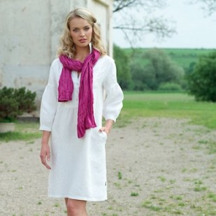 wearing linen in the summer less sweat
