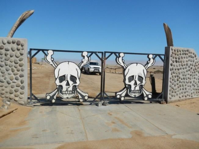 skeleton coast entrance to park