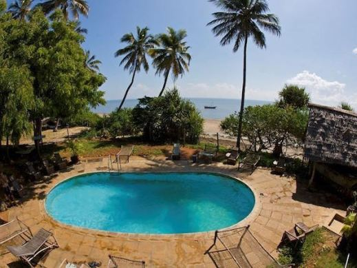 places to stay in lamu