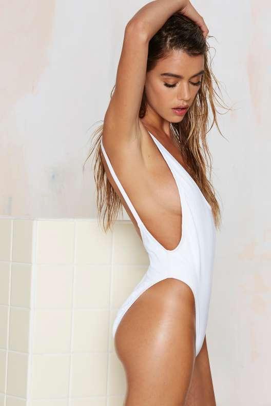 high hip low cut back one piece bathingsuite