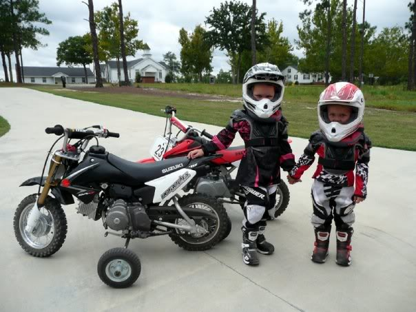 Youth Dirt Bike Boots >> We Review Youth Dirt Bike Helmet Safety