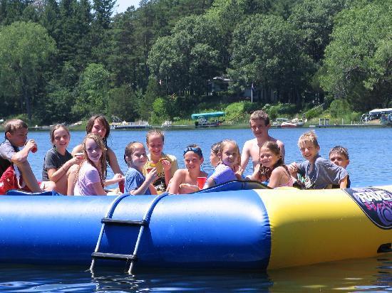 kids island raft