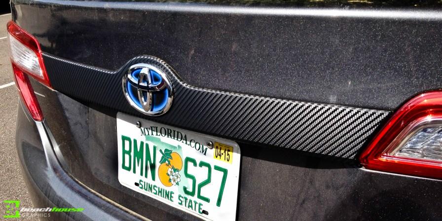 Carbon Fiber Accent : 3M Vehicle Wrap