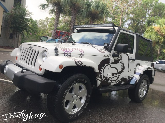 Custom vehicle wraps fleet vehicles custom wraps for Custom jeep lettering
