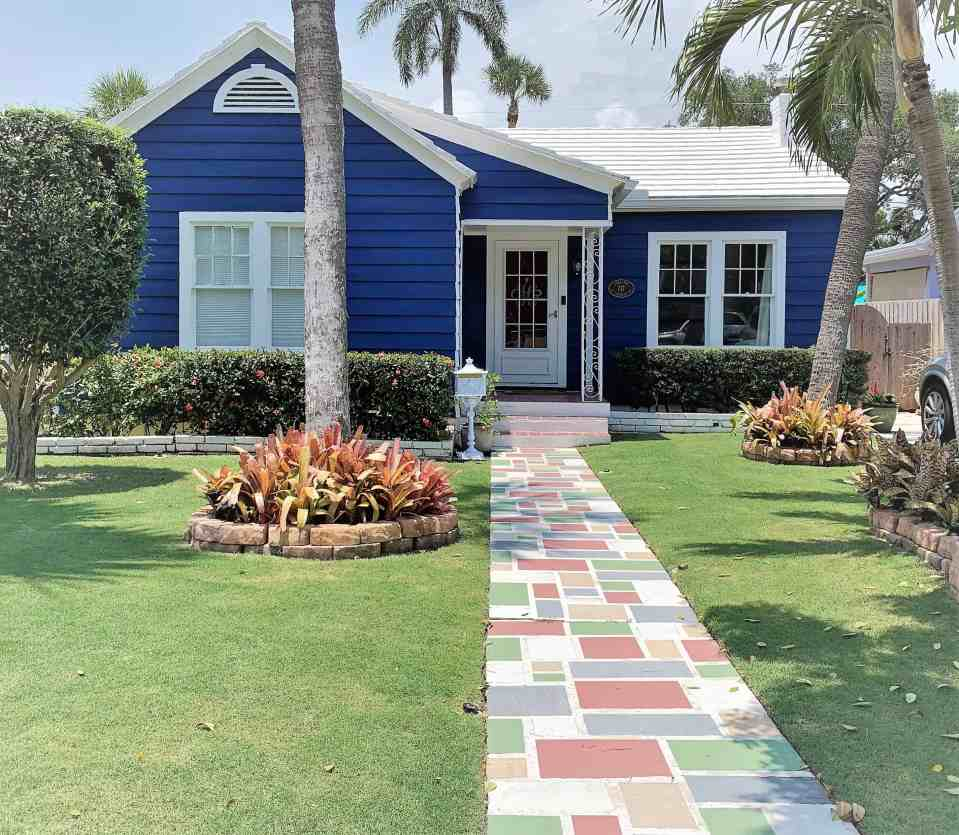 Blue Historic Cottage Exterior - Color Cottages of Lake Worth Beach
