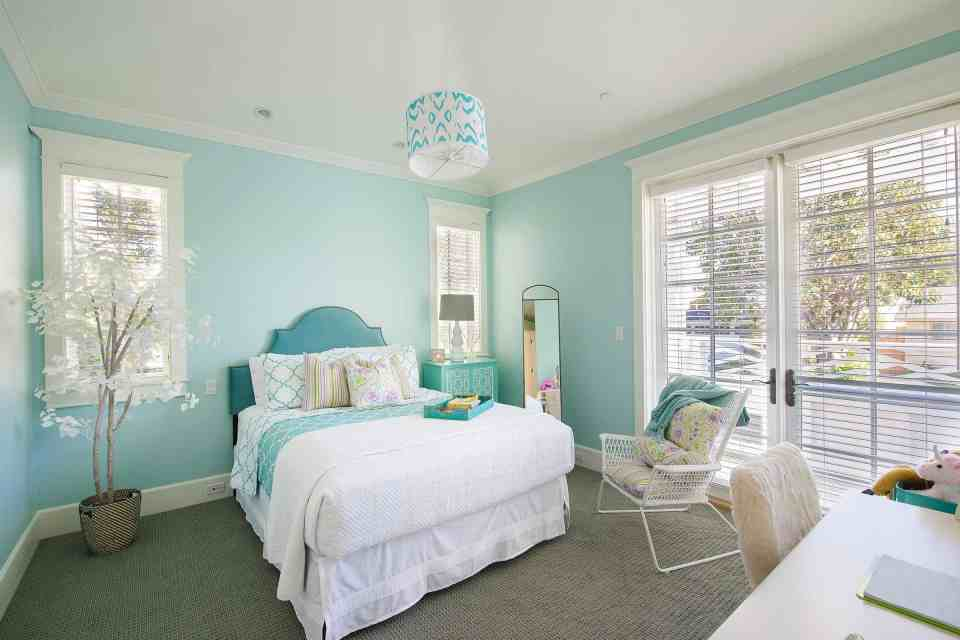 Beach House Bedroom Design Ideas - Seafoam green walls with white bedding