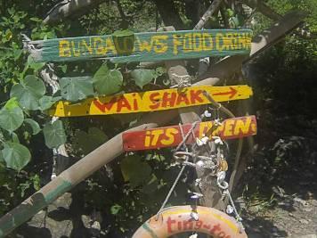 Homemade sign at the beach leading to Wai Shak Bungalows by Ting Tong Bar, Koh Chang