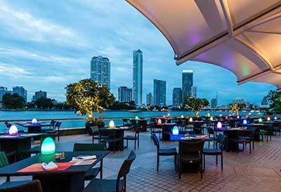 Chatrium Riverside Hotel Bangkok restaurant view
