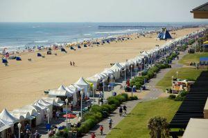 Virginia Beach Oceanfront Boardwalk Art Show