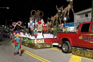 virginia beach holiday parade
