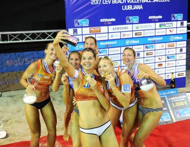 medaliatele-beachvolleyball-selfie