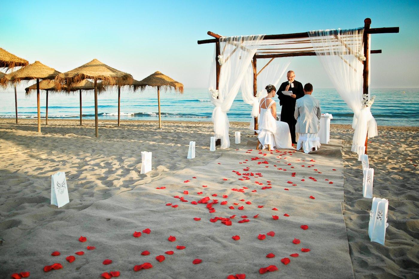 Beach Themes Wedding