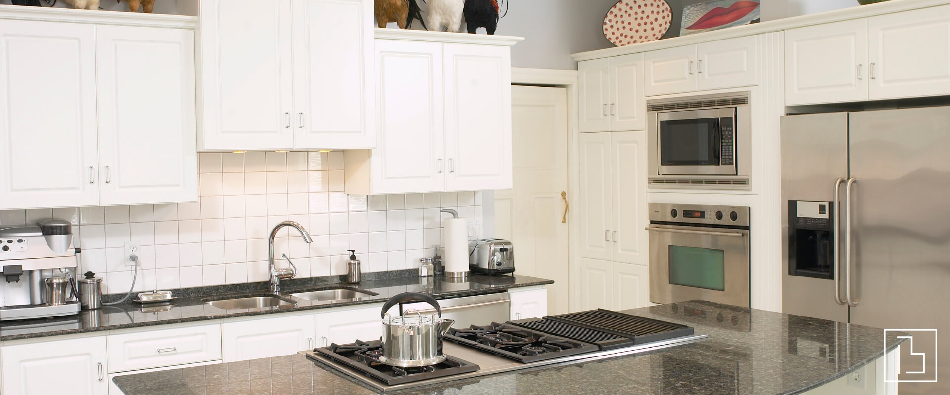 Photo of a generic kitchen - Beachworks LLC