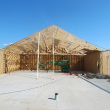 9/27/11 Trusses up!