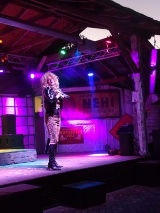 """<p><p>Gabbi Haze brings the house down with a lip sync of """"What's Up"""" by 4 Non Blondes</p></p><p></p>"""