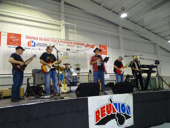 <p><p>The musical stylings of Reunion, with Glen Taylor, George Smith, Mike Orr, Dan Lawler, Randy Timko and Dwight Rosi.</p></p><p></p>