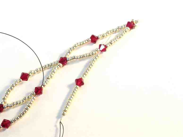 Free Beaded Ornament Cover Pattern for Christmas