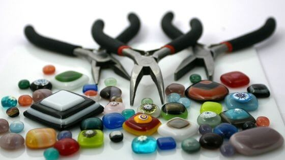 Find reliable suppliers when selling handmade jewelry online.