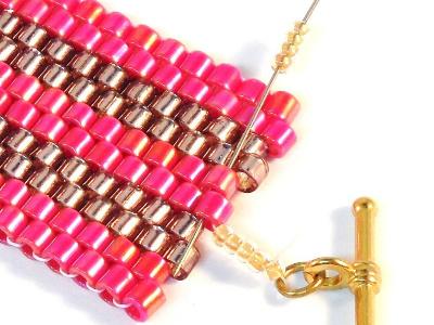 Peyote bracelet pattern Step 16