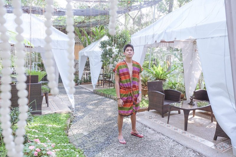 Luljetta Hanging Garden