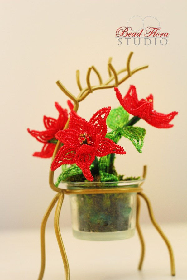 French beaded mini poinsettia kit