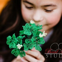 French beaded heart-shaped clover