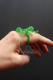 French beaded lucky 4 leaf clover ring
