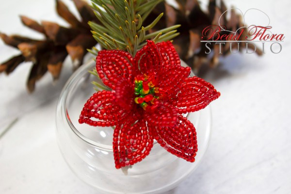 Poinsettia brooch pin (PDF automatic download)