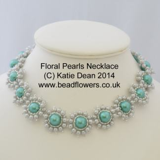 Floral Pearls Necklace Pattern
