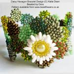 Daisy Hexagon Bracelet Pattern beaded by Dora