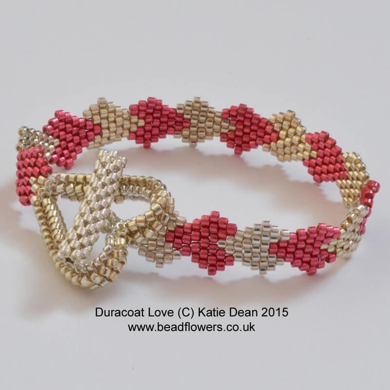 Valentine Beading Ideas, Heart Bracelet Pattern, Katie Dean, Beadflowers