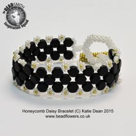 Daisy_honeycomb_bracelet3