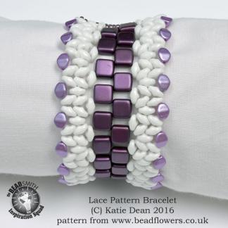 Lace Pattern beaded bracelet by Katie Dean, beadflowers