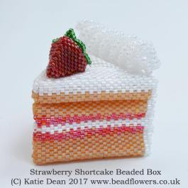 strawberry shortcake beaded box kit and pattern, Katie Dean, Beadflowers