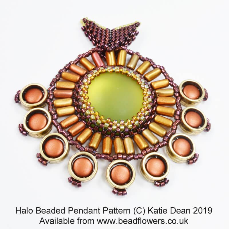 Halo beaded pendant, Katie Dean, Beadflowers, June 2019 beading patterns