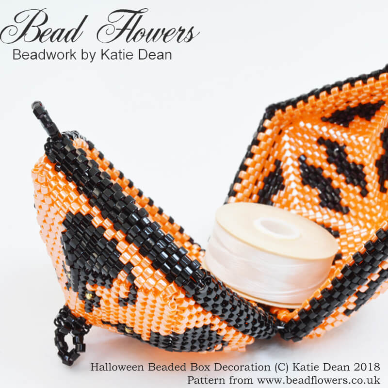 Halloween Beaded Box Decoration, Katie Dean, Beadflowers, Beaded box pattern tutorial
