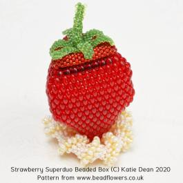 Strawberry Superduo beaded box pattern, Katie Dean, Beadflowers