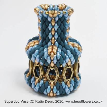 Superduo Vase online beading class with Katie Dean
